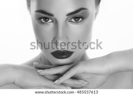 beautiful woman portrait, studio closeup, black and white