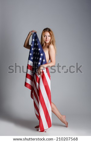 photos of girls jumping wrapped in american flag № 13396