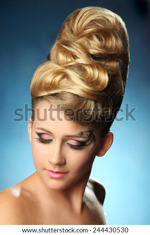 beautiful young woman.fashion makeove, groomed skin. good hairstyle