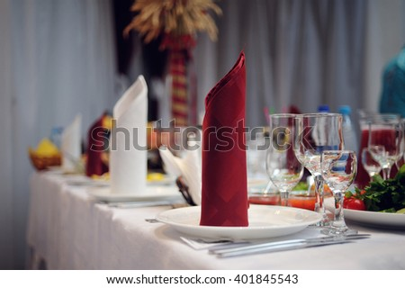 beautifully served wedding table in a restaurant