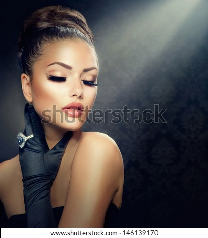 Beauty Fashion Glamorous Model Girl Portrait Stock Photo 224577052 Shutterstock
