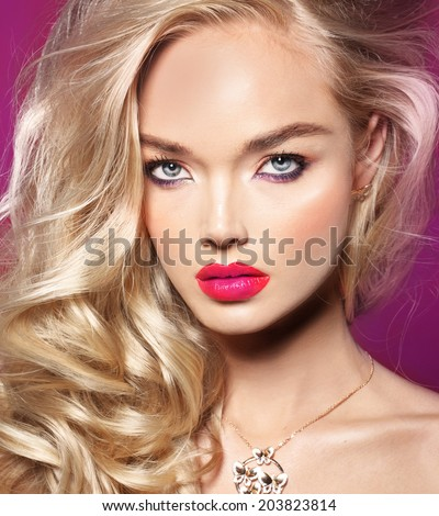 Beauty model , doll look, pink lips, spring make up