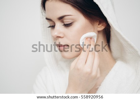 Beauty woman skin care face cleansing it