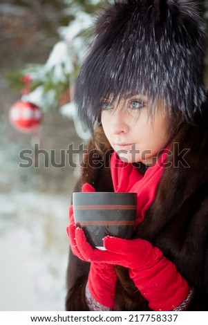 beauty woman winter outdoor christmas