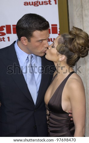 BEN AFFLECK & fiance JENNIFER LOPEZ at the Los Angeles premiere of their new movie Gigli. July 27, 2003  Paul Smith / Featureflash - stock photo