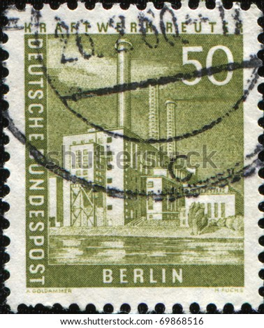 BERLIN - CIRCA 1956: A stamp printed by German Federal Mail of Berlin shows Kraftwerk Reuter, series Pictures of Berlin, circa 1956