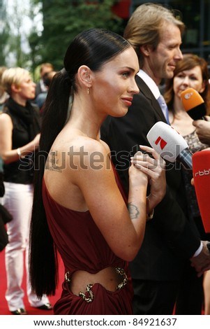 BERLIN - JUNE 14: Megan Fox attends the German premiere of 'Transformers: Revenge Of The Fallen' at the Sony Center CineStar on June 14, 2009 in Berlin, Germany.