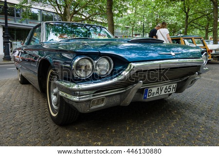 BERLIN - JUNE 05, 2016: Personal luxury car Ford Thunderbird (fourth generation), 1965. Classic Days Berlin 2016.