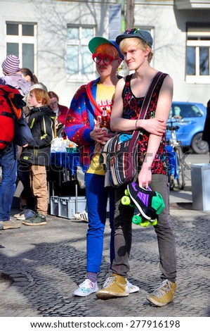 BERLIN â?? March 1st: Unidentified guys are watching  the street show on the BOXAGENGER PLATZ  (flea market) on March 1 2015 in Berlin, Germany. - stock photo