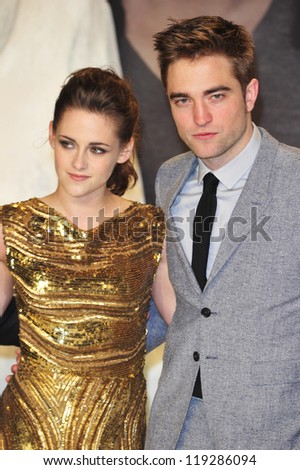 BERLIN - NOVEMBER 16: Kristen Stewart and Robert Pattionson attend the 'Twilight Saga: Breaking Dawn Part 2' Germany Premiere at CineStar on November 16, 2012 in Berlin, Germany.