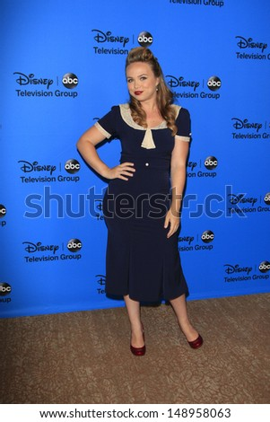 BEVERLY HILLS - AUG 4: Amanda Fuller at the 2013 Television Critics Association's Summer Press Tour - Disney/ABC Party at The Beverly Hilton Hotel on August 4, 2013 in Beverly Hills, California