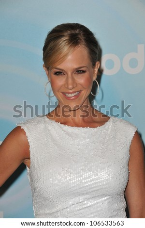 BEVERLY HILLS, CA - JUNE 16, 2011: Julie Benz at the Women in Film 2011 Crystal + Lucy Awards at the Beverly Hilton Hotel. June 16, 2011  Beverly Hills, CA