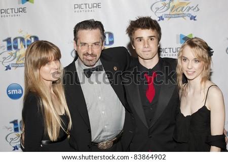 Robert Carradine Family
