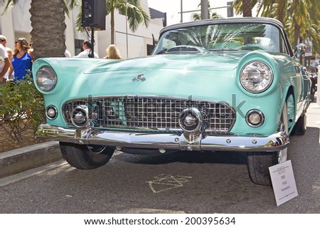 BEVERLY HILLS/CALIFORNIA - JUNE 15, 2014:  1955 Ford Thunderbird owned by Janet South and Tim Munyer at the Rodeo Drive Concours D'Elegance on June 15, 2014 Beverly Hills, California, USA