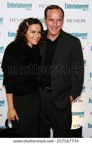 BEVERLY HILLS - SEP 20: Clark Gregg, Jennifer Grey at the 6th Annual Entertainment Weekly Pre-EMMY party  on September 20, 2008 in Beverly Hills, California - stock photo