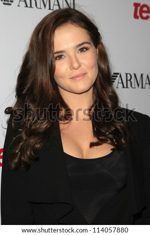 BEVERLY HILLS - SEP 27:  Zoey Deutch at the Teen Vogue's 10th Anniversary Annual Young Hollywood Party on September 27, 2012 in Beverly Hills, California