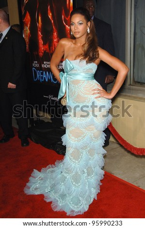 "BEYONCE KNOWLES at the Los Angeles premiere of her new movie ""Dreamgirls"" at the Wilshire Theatre. December 11, 2006  Los Angeles, CA Picture: Paul Smith / Featureflash"