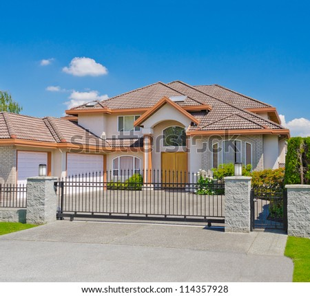 Big custom made luxury house in the suburbs of Vancouver, Canada.