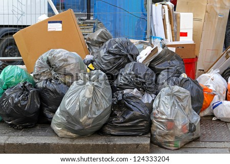 Trash Pile Stock Images Royalty Free Images Amp Vectors
