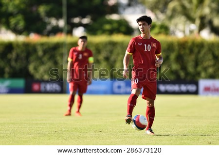 BISHAN,SINGAPORE-MAY 29:NGUYEN Cong Phuong of Vietnam in action during the 28th SEA Games Singapore 2015 match between Vietnam and Brunei at Bishan Stadium on MAY 29 2015 in,SINGAPORE.