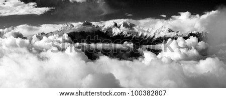 black and white panoramatic view from langtang to ganesh himal