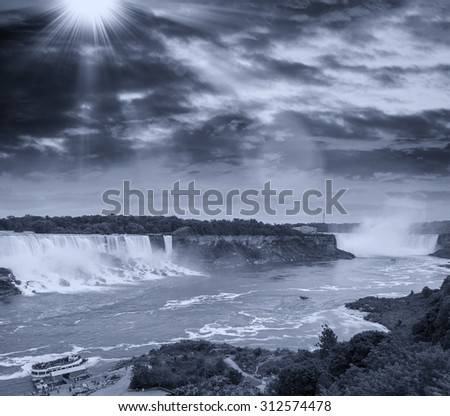 Black and white view of Niagara Falls scenario.