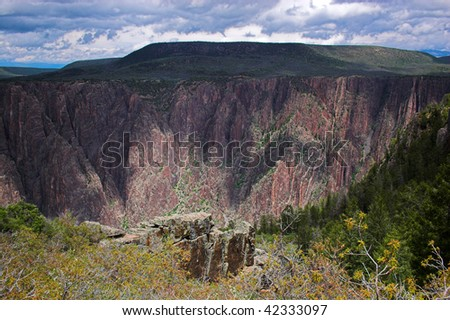 Black Canyon of Gunnison gorge view in the morning