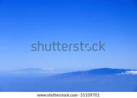 Blue background based on the view of the Canary Islands from Tenerife, above the clouds.