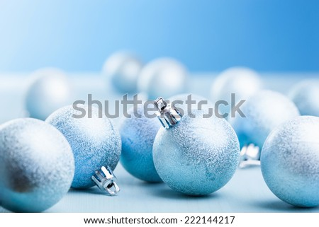 blue christmas balls decoration