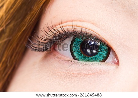 Blue colored contact lenses and mascara