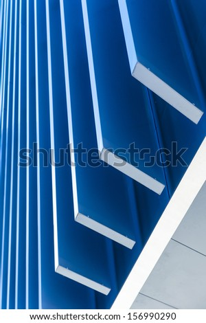 Blue lines in ascending successive