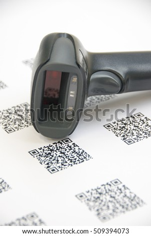 how to scan qr code to open website