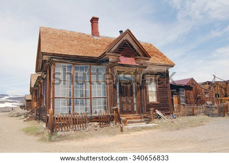 Bodie ghost town houses with snow mountain