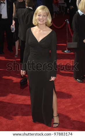 BONNIE HUNT at the 55t Annual Emmy Awards in Los Angeles. Sept 21, 2003  Paul Smith / Featureflash