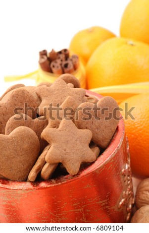 bowl of delicious gingerbreads and some fruits