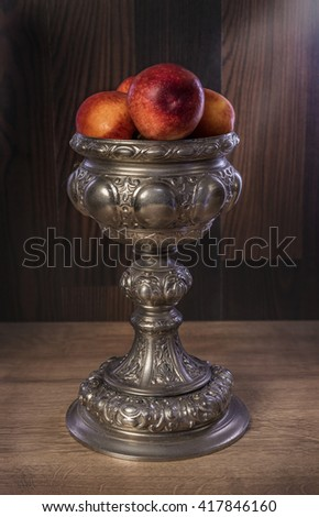 bowl with nectarines