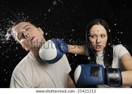 Boy get hit by Girl Boxer