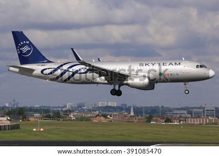 Brüssel/Belgia April12, 2014: MEA Airline Airbus A320 at Brüssel Airport. - stock photo