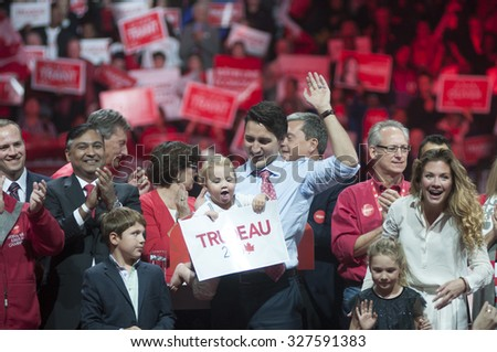 BRAMPTON - OCTOBER 4 : Justin Trudeau along with his entire family waiving towards their supporters during an election rally of the Liberal Party of Canada on October 4, 2015 in Brampton, Canada.