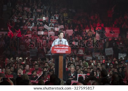 BRAMPTON - OCTOBER 4 :People listening to Justin Trudeau  during an election rally of the Liberal Party of Canada on October 4, 2015 in Brampton, Canada.