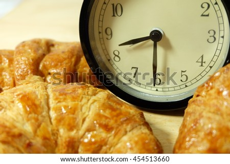 bread and clock