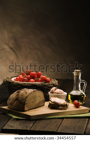 bread sandwich with liver pate