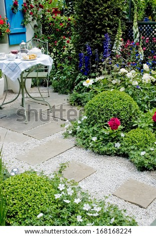 breakfast at the garden Chelsea Flower Show - stock photo