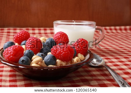 Breakfast cereal with berries - stock photo