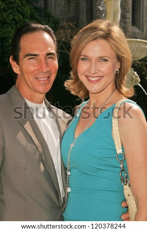 Brenda Strong and husband Tom at 2006 Safari Brunch Fundraiser For The Wildlife Waystation. Playboy Mansion, Los Angeles, CA. 10-14-06