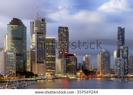 BRISBANE,QLD/AUSTRALIA - JANUARY 18, 2014: View over buildings of Brisbane city and Brisbane river from Kangaroo point cliff.