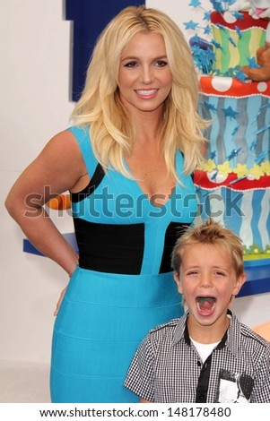 """Britney Spear and, Sean Preston Federline at the """"The Smurfs 2"""" Los Angeles Premiere, Village Theater, Westwood, CA 07-28-13 - stock photo"""