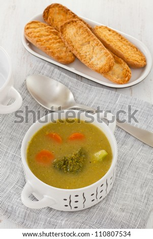 broccoli vegetable soup in the bowl