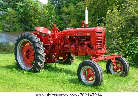 BROMONT QUEBEC CANADA 08 23 17: Farmall 200 was a model name and later a brand name for tractors manufactured by the American company International Harvester (IH).  As McCormick-Deering Farmall