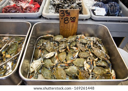 Bronx ny dec 28 fish display at storefront of seafood for Fish market bronx